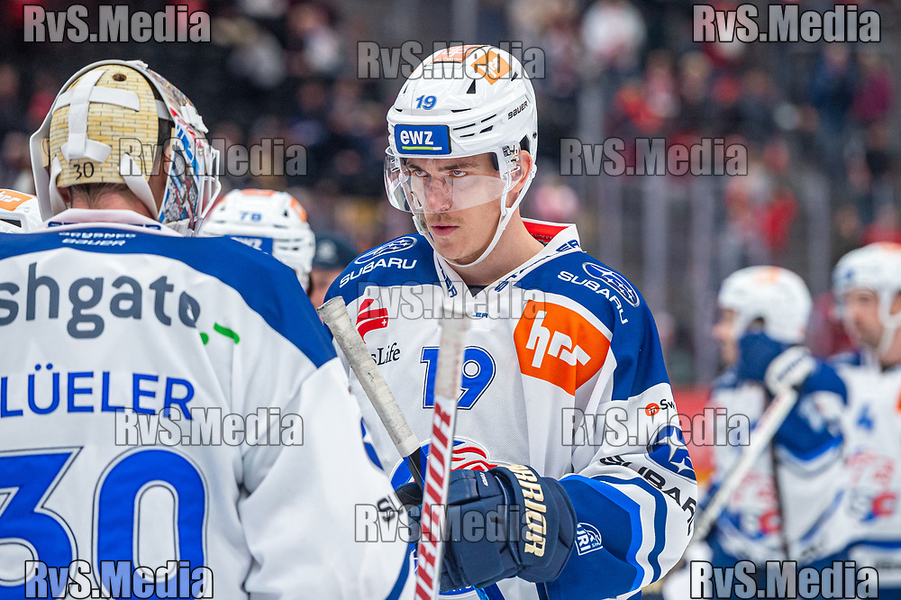 LAUSANNE, SWITZERLAND - OCTOBER 01: Reto Schappi #19 of ZSC Lions looks on after the Swiss National League game between Lausanne HC and ZSC Lions at Vaudoise Arena on October 1, 2021 in Lausanne, Switzerland. (Photo by Monika Majer/RvS.Media)
