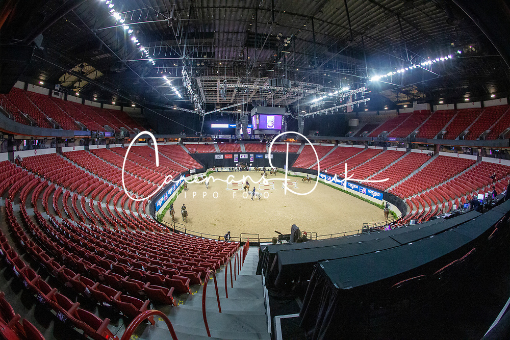 Overview arena<br /> World Cup Final Jumping - Las Vegas 2015<br /> © Hippo Foto - Dirk Caremans<br /> 16/04/2015