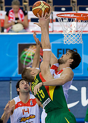 Robertas Javtokas of Lithuania vs Marc Gasol of Spain during the EuroBasket 2009 Group F match between Spain and Lithuania, on September 14, 2009 in Arena Lodz, Hala Sportowa, Lodz, Poland.  (Photo by Vid Ponikvar / Sportida)