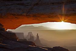 Mesa  Arch, Sunrise, Canyonlands, National Park, Moab, Utah