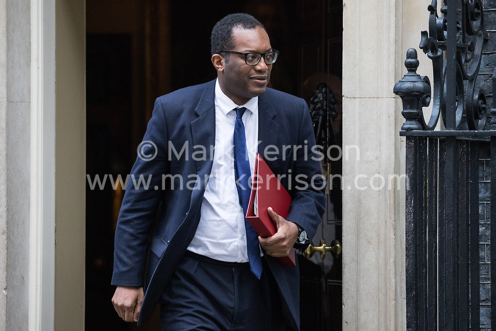 London, UK. 7 January, 2020. Kwasi Kwarteng, Minister of State, leaves 10 Downing Street following a Cabinet meeting.