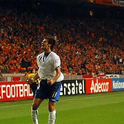 NLD/Amsterdam/20051112 - Voetbal, vriendschappelijke wedstrijd Nederland - Italie, Alberto Gilardino (11) viert zijn doelpunt, blijdschap, juichen