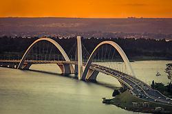 A Ponte Juscelino Kubitschek, também conhecida como Ponte JK, está situada em Brasília, ligando o Lago Sul, Paranoá e São Sebastião à parte central de Brasília, foi inaugurada em 15 de dezembro de 2002 FOTO: Jefferson Bernardes/ Agência Preview