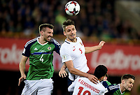 Fotball , 26. mars 2017 ,  VM-kvalifisering<br /> Nord-Irland - Norge<br /> Gustav Valsvik , norge<br /> Gareth McAuley , Nord Irland<br /> World qual.<br /> Northern Ireland - Norway