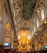 Interior view of the Basilique-Cathédrale Notre-Dame de Québec/Basilica of the Catheral of Notre Dame, Quebec, Canada.