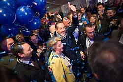 11.10.2015, FPÖ Festzelt, Wien, AUT, Wien-Wahl 2015, im Bild v.l.n.r. Ursula Stenzel und FPÖ Spitzenkandidat Heinz-Christian Strache // during elcetion to the vienna city council at FPOe tent in Vienna, Austria on 2015/10/11, EXPA Pictures © 2015, PhotoCredit: EXPA/ Michael Gruber