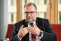 03 MAY 2021, BERLIN/GERMANY:<br /> Siegfried Russwurm, Praesident Bundesverband der Deutschen Industrie, BDI, und Aufsichtsratschef Thyssenkrupp, waehrend einem Interview, BDI, Haus der Wirtschaft<br /> IMAGE: 20210503-02-015