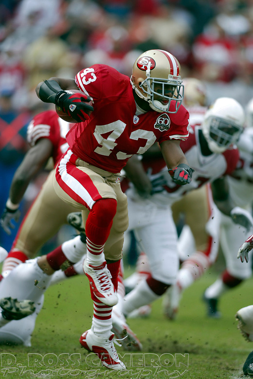 San Francisco 49ers kick returner Maurice Hicks (43) runs back the opening kickoff during the first quarter of an NFL football game against the Arizona Cardinals, Sunday, Dec. 24, 2006 at Candlestick Park in San Francisco. The Cardinals won, 26-20. (D. Ross Cameron/The Oakland Tribune)