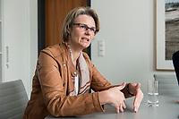 12 APR 2019, BERLIN/GERMANY:<br /> Anja Karliczek, CDU, Bundesministerin fuer Forschung und Bildung, waehrend einem Interview, in ihrem Buero, Bundesministerium fuer Forschung un Bildung<br /> IMAGE: 20190412-01-008<br /> KEYWORDS: Büro