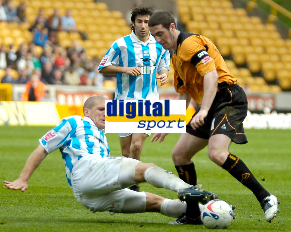 Photo: Ed Godden.<br />Wolverhampton Wanderers v Brighton & Hove Albion. Coca Cola Championship. 22/04/2006. Mark Kennedy (R) makes his way forward for Wolves.
