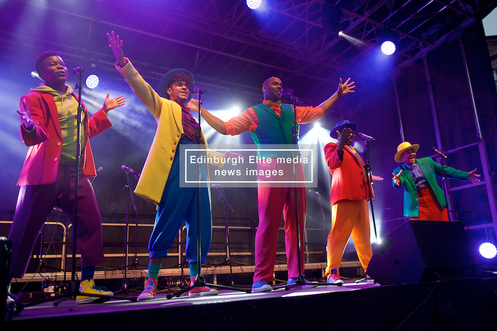 Five Guys Named Moe on stage at this years Light Night.  The Street of Light at the west end of George Street will make its first appearance as part of Light Night and the acts will perform on a stage by its lights. Choirs from across Scotland including Edinburgh Festival Chorus, Royal Scottish National Orchestra Junior Chorus, Edinburgh's Got Soul and Edinburgh Rock Choir will perform in front of an expected audience of around 20,000 people.  <br /> The whole event is hosted by Forth One Arlene Stuart. Callum Skinner, gold cycling medallist will be the one pushed the button at 5pm. Sunday 20th November 2016 (c) Brian Anderson | Edinburgh Elite media