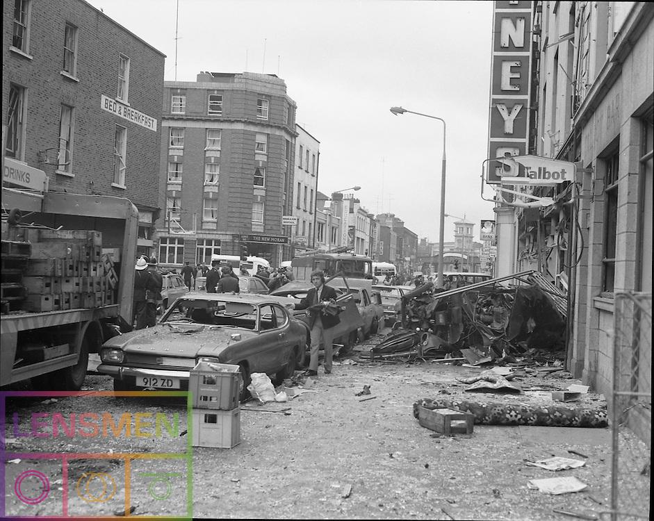 17/05/1974<br /> 05/17/1974<br /> 17 May 1974<br /> Bomb damage in Dublin.  Senator Windows - 19.09.2013