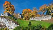 Ruiny zamku w Ojcowie, Polska<br /> Ruins of the castle in Ojców, Poland