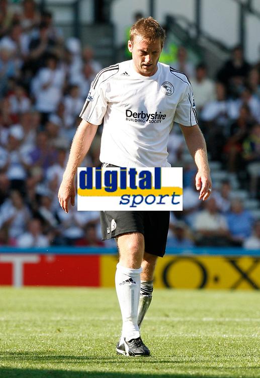 Photo: Steve Bond. <br />Derby County v Portsmouth. Barclays Premiership. 11/08/2007. Steve Howard