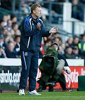 Photo: Steve Bond.<br />Derby County v Everton. The FA Barclays Premiership. 28/10/2007. David Moyes applauds the second goal