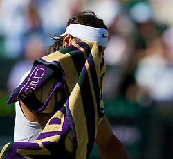 LONDON, ENGLAND - Monday, June 30, 2008: Rafael Nadal (ESP) during his men's singles fourth round victory on day seven of the Wimbledon Lawn Tennis Championships at the All England Lawn Tennis and Croquet Club. (Photo by David Rawcliffe/Propaganda)