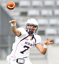 10.07.2011, Tivoli Stadion, Innsbruck, AUT, American Football WM 2011, Group A, Germany (GER) vs United States of America (USA), im Bild pass from Cody Hawkins (USA, #7, QB)  // during the American Football World Championship 2011 Group A game, Germany vs USA, at Tivoli Stadion, Innsbruck, 2011-07-10, EXPA Pictures © 2011, PhotoCredit: EXPA/ T. Haumer