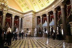 THEMENBILD - Der alte Plenarsaal des Repraesentantenhauses dient jetzt als National Statuary Hall. Reisebericht, aufgenommen am 12. Jannuar 2016 in Washington D.C. // The old Chamber of the House of Representatives now serves as National Statuary Hall. Travelogue, Recorded January 12, 2016 in Washington DC. EXPA Pictures © 2016, PhotoCredit: EXPA/ Eibner-Pressefoto/ Hundt<br /> <br /> *****ATTENTION - OUT of GER*****