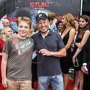 NLD/Almere/20140609 - Premiere Stuk de film, Joost Buitenweg en zoon Stijn