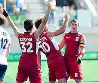 RIO DE JANEIRO  (Brazilië) -  Cédric Charlier (Belg.) has scored and celebrates with John-John Dohmen (Belg.)  and Tanguy Cosyns (Belg.) during the poulematch hockey men Belgium v Great Britain (4-1),   Olympic Games 2016 . Copyright Koen Suyk