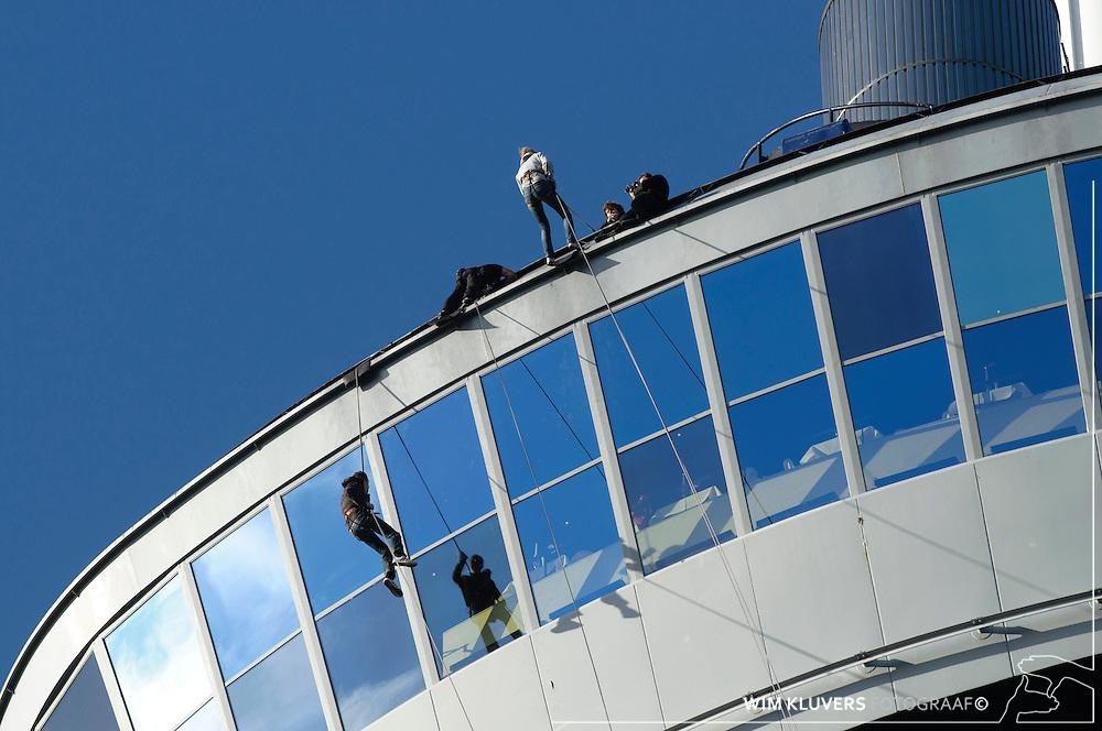 WK20100912-093.NEF.Rotterdam ,Euromast ,abzeilen,Aaafke,robert,Nieke,Thomas