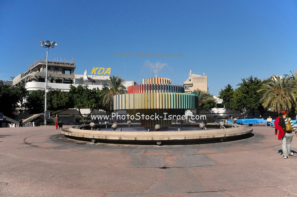 Israel, Tel Aviv, Dizengoff circle with a fountain by Yaacov Agam