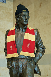 LIVERPOOL,  ENGLAND - Friday, May 31, 2019: A statues John Lennon wearing a Liverpool FC scarf at Liverpool John. Lennon Airport ahead of the. UEFA Champions League Final between Tottenham Hotspur FC and Liverpool FC in Madrid. (Pic by David Rawcliffe/Propaganda)