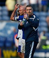 Photo: Steve Bond/Richard Lane Photography. Leicester City v Watford. Coca Cola Championship. 17/04/2010. Nigel Pearson salutes the crowd