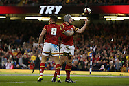 Jonathan Davies  of Wales ® celebrates after he scores his teams 3rd try.RBS Six Nations championship 2016, Wales v Italy at the Principality Stadium in Cardiff, South Wales on Saturday 19th March 2016. pic by  Andrew Orchard, Andrew Orchard sports photography.