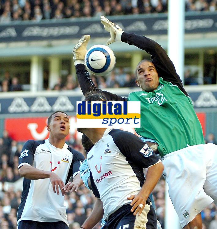 Photo: Ed Godden.<br />Tottenham Hotspur v Manchester City. The Barclays Premiership. 08/04/2006. Mido and Man City keeper, David James clash.