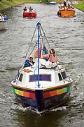 Giżycko, 2008-07-15. Jacxhtay na Kanale Łuczańskim