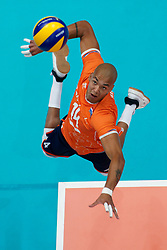 21-09-2019 NED: EC Volleyball 2019 Netherlands - Germany, Apeldoorn<br /> 1/8 final EC Volleyball / Nimir Abdelaziz #14 of Netherlands