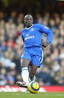 26/12/2004 - FA Barclays Premiership - Chelsea v Aston Villa - Stamford Bridge<br />Chelsea's Claude Makelele<br />Photo:Jed Leicester/Back Page Images