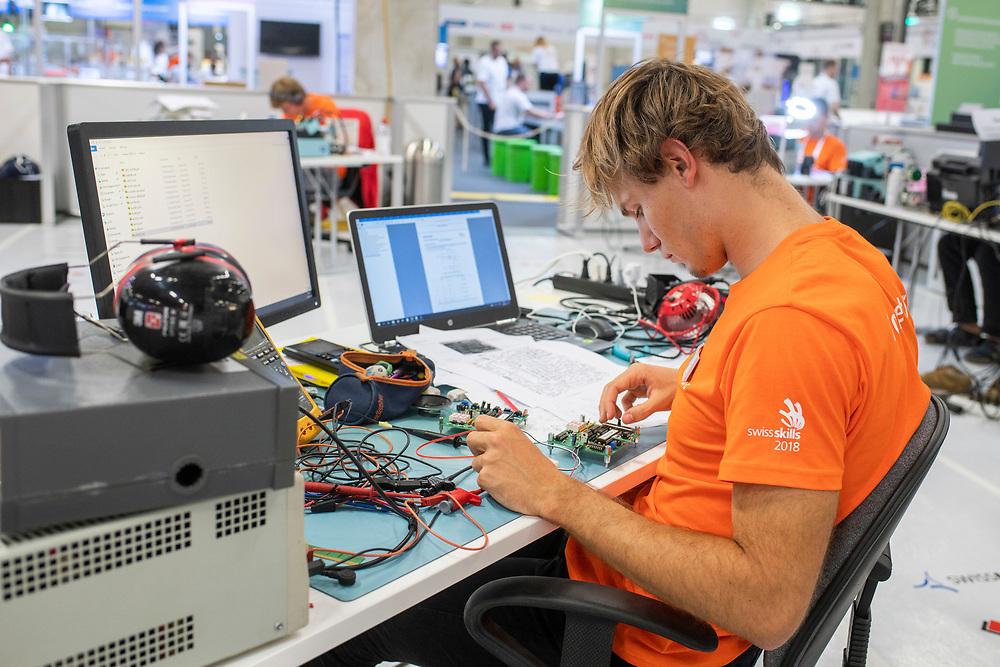 12. September 2018; Bern; SwissSkills 2018  - 2. Tag - Elektroniker/in EFZ / Electronicien CFC / Electronicienne CFC / Elettronico (AFC) / Elettronica (AFC) / Swissmem  (Michael Zanghellini)