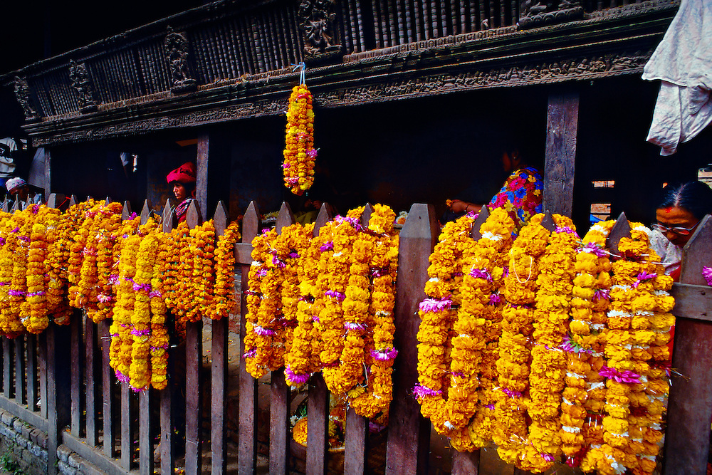 Garlands of marigolds (Hindu offerings), Kasthamandap Temple, Durbar Square, Kathmandu, Nepal