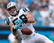 Carolina Panthers linebacker Luke Kuechly drops a pass.