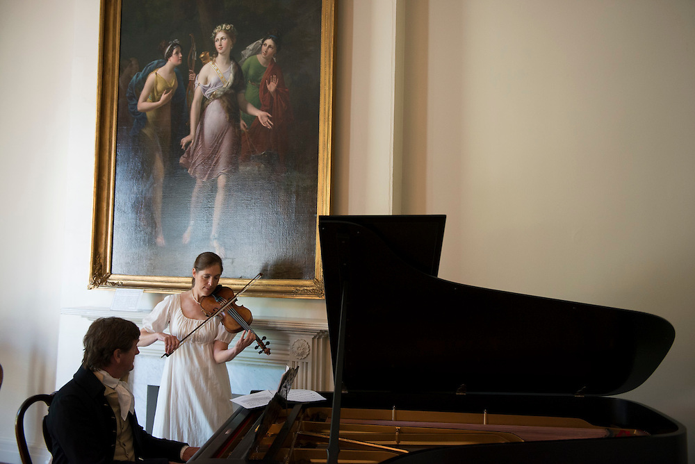 Musical historians and performers David and Ginger Hildebrand educated and entertained visitors of the WHHA's War of 1812 Open House at Decatur House with music and anecdotes from the period. (Photo by Matthew Paul D'Agostino / WHHA) 2013 White House Historical Association