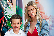 Nederlandse premiere Spider-Man Far From Home in Pathe Arena, Amsterdam.<br /> <br /> Op de foto:  Christie Bokma met haar zoon
