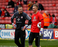 Darren Ward goalkeeping coach and Simon Moore of Sheffield Utd during the English League One match at Bramall Lane Stadium, Sheffield. Picture date: April 17th 2017. Pic credit should read: Simon Bellis/Sportimage