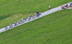 20.05.2011, Großglockner Hochalpenstrasse, AUT, Giro d´ Italia 2011, 13. Etappe, Spilimbergo - Großglockner, im Bild das Spitzenfeld beim Anstieg auf den Iselsberg // the leaders in the rise of the Iselsberg during the Giro d´ Italia 2011, Stage 13, Spilimbergo - Großglockner, Austria, 2011-05-07, EXPA Pictures © 2011, PhotoCredit: EXPA/ J. Feichter