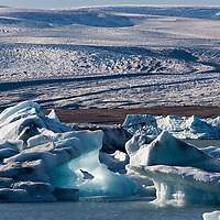 Situated in the Vatnajökull National Park, between Höfn and Skaftafell, Jökulsárlón is known to be the largest glacier lake in Island. <br /> The ice is constantly calved off by the Breiðamerkurjökull glacier, the second largest glacier tongue of mighty Vatnajökull.