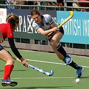 NLD/Laren/20060409 -  Hockey, hoofdklasse dames, Laren - Nijmegen, Paulien Eigenhuis (8)