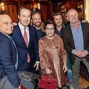 NLD/Amsterdam/20190107 - Inloop voorpremière Stan & Ollie, Evert Santegoeds met partner Robert, Geert-jan Knoops en partner Carry Hamburger, Ron Boszhard en partner Herald Adolfs