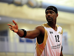 Essex Leopards' Robert Youngblood organise the defence - Photo mandatory by-line: Dougie Allward/JMP - Tel: Mobile: 07966 386802 23/03/2013 - SPORT - Basketball - WISE Basketball Arena - SGS College - Bristol -  Bristol Academy Flyers V Essex Leopards