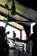 Vinprovning i baren på Sula Wines, Nashik, India<br /> COPYRIGHT 2010 CHRISTINA SJÖGREN<br /> ALL RIGHTS RESERVED