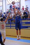DESCRIZIONE : Varallo Torneo di Varallo Lega A 2011-12 Cimberio Varese Novipiu Casale Monferrato<br /> GIOCATORE : Matteo Malaventura<br /> CATEGORIA : Tiro<br /> SQUADRA : Novipiu Casale Monferrato<br /> EVENTO : Campionato Lega A 2011-2012<br /> GARA : Cimberio Varese Novipiu Casale Monferrato<br /> DATA : 11/09/2011<br /> SPORT : Pallacanestro<br /> AUTORE : Agenzia Ciamillo-Castoria/A.Dealberto<br /> Galleria : Lega Basket A 2011-2012<br /> Fotonotizia : Varallo Torneo di Varallo Lega A 2011-12 Cimberio Varese Novipiu Casale Monferrato<br /> Predefinita :