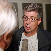 Perspresentatie nieuwe partij van Mw. Marjan Horst - Rebel Dorpsbelangen Huizen, Nol van der Helm van Huizen 2000