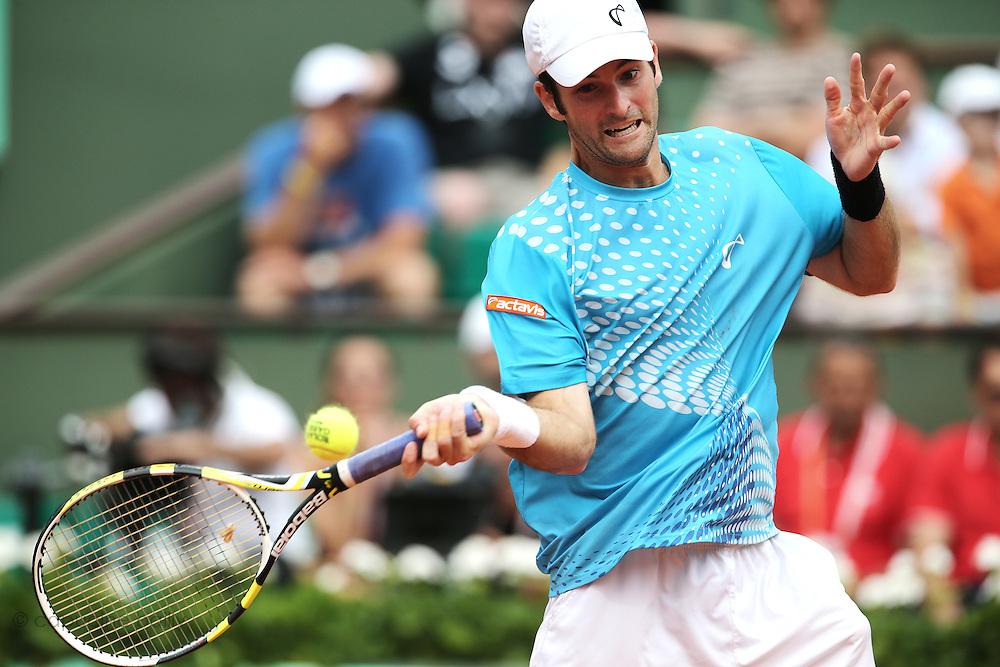 Roland Garros. Paris, France. May 30th 2012.American player Brian BAKER against Gilles SIMON.