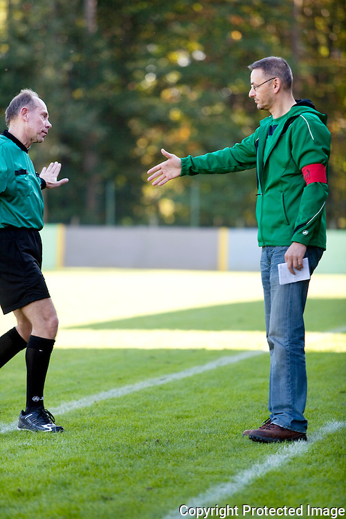 367450-Voetbal Linda Olen tegen FC Heikant-