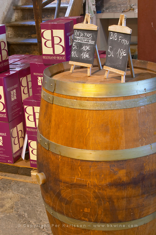 Domaine Bertrand-Berge In Paziols. Fitou. Languedoc. The wine shop and tasting room. France. Europe.